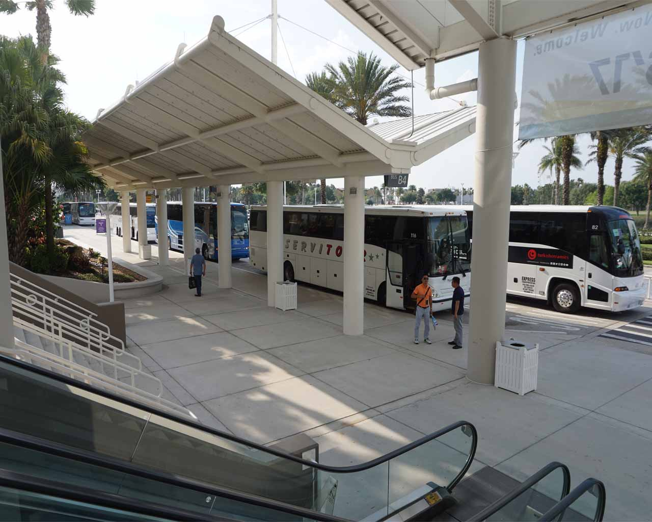 perfekt organisiert : am Abend gab es einen Shuttle-Bus zum Hotel