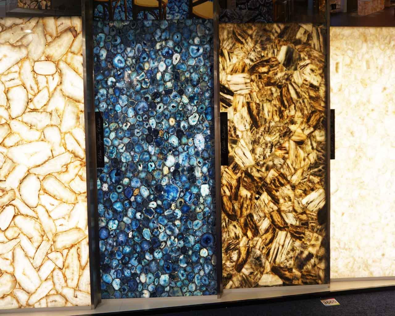 ein wirklicher Hingucker : Onix-Naturstein Platten von hinten beleuchtet