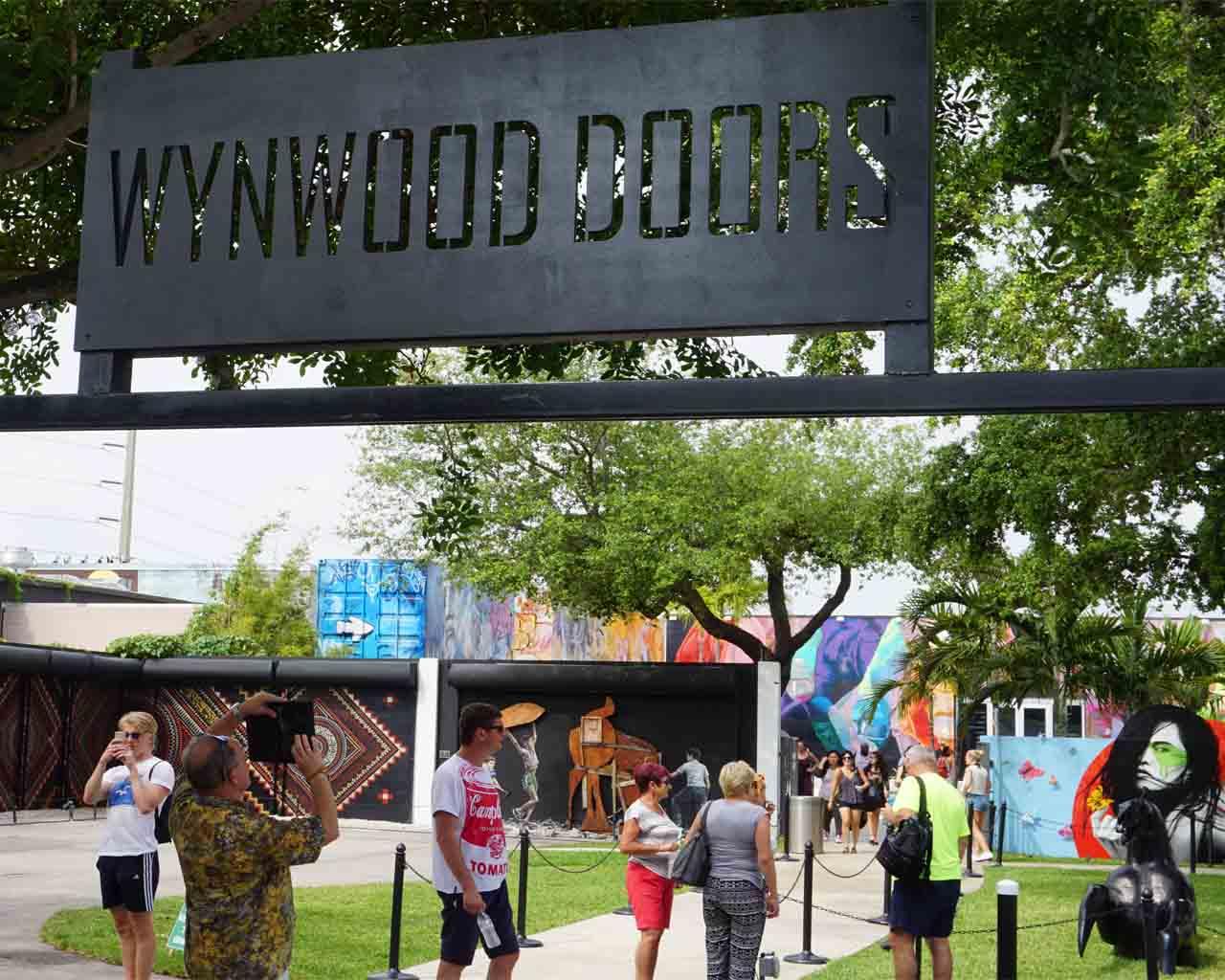 Eingang zu den Wynwood-Walls (2520 NW 2nd Ave, Miami, FL 33127-4306)