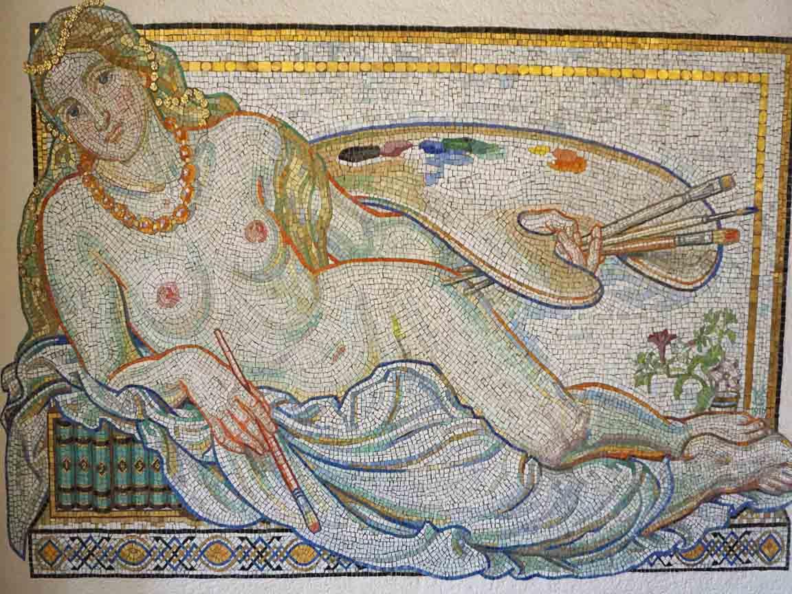 historische Mosaike in der Deutschen Nationalbibliothek in Leipzig in Sachsen