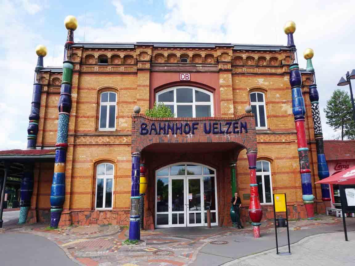 Hundertwasser-Bahnhof in Uelzen/Niedersachsen