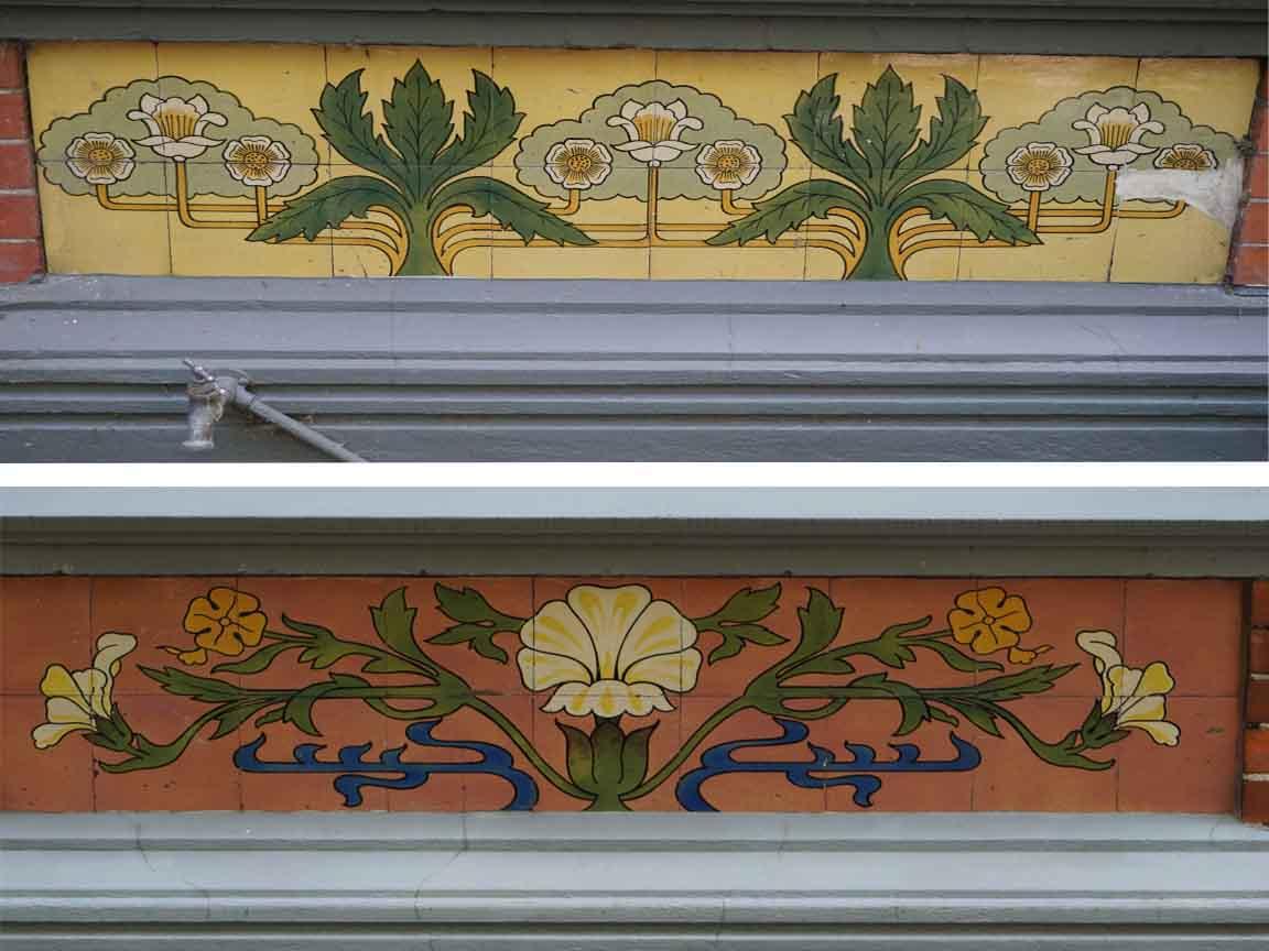 Dekorative Fliesendekore auf einer Fassade in Zwolle (Overijssel) /Niederlande