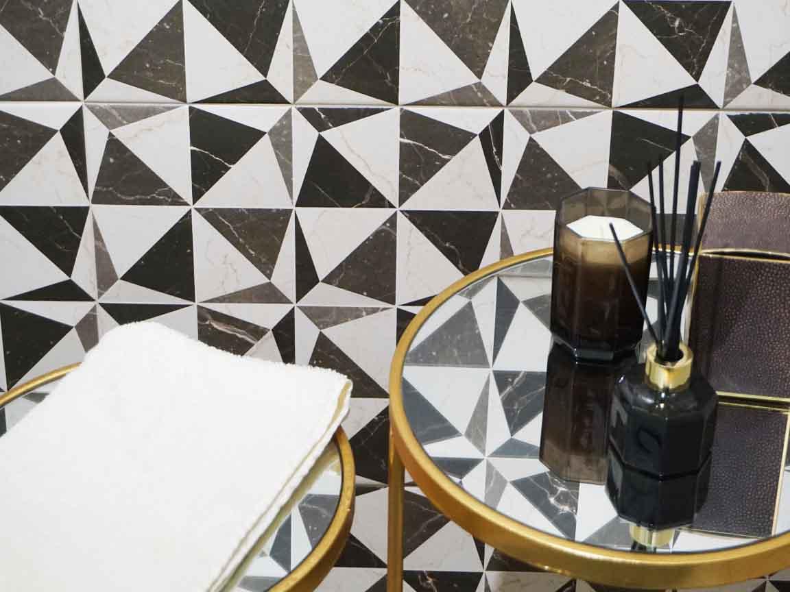Cersaie 2017 : Auch für die Klassik-Fans gab es Geometrie-Dekorationen