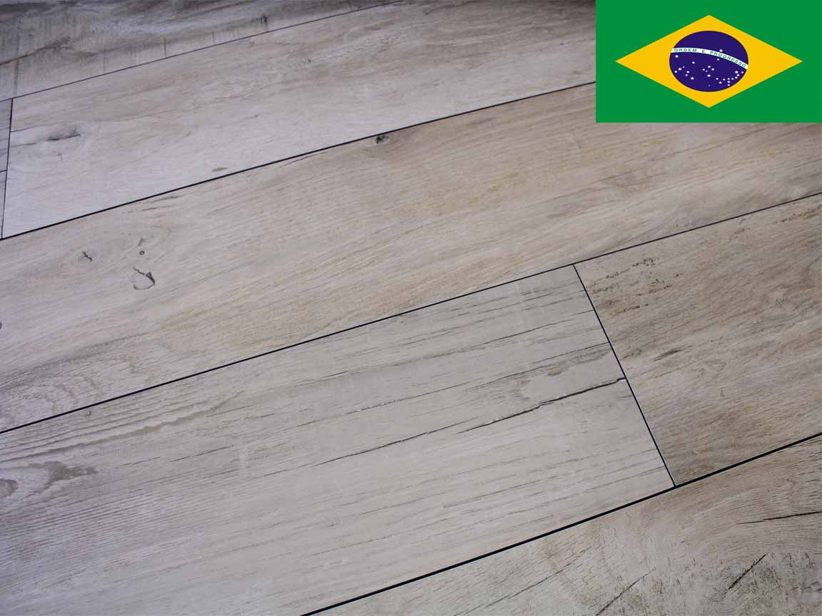 "Holzoptik-Fliese ""Hunter do Brasil"""