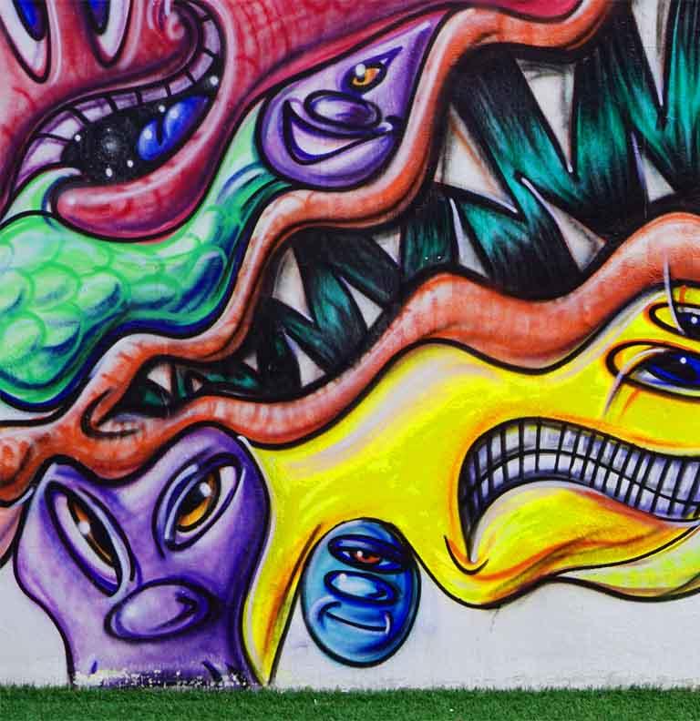 Pantone 18-3838 in Urban Art in Miami