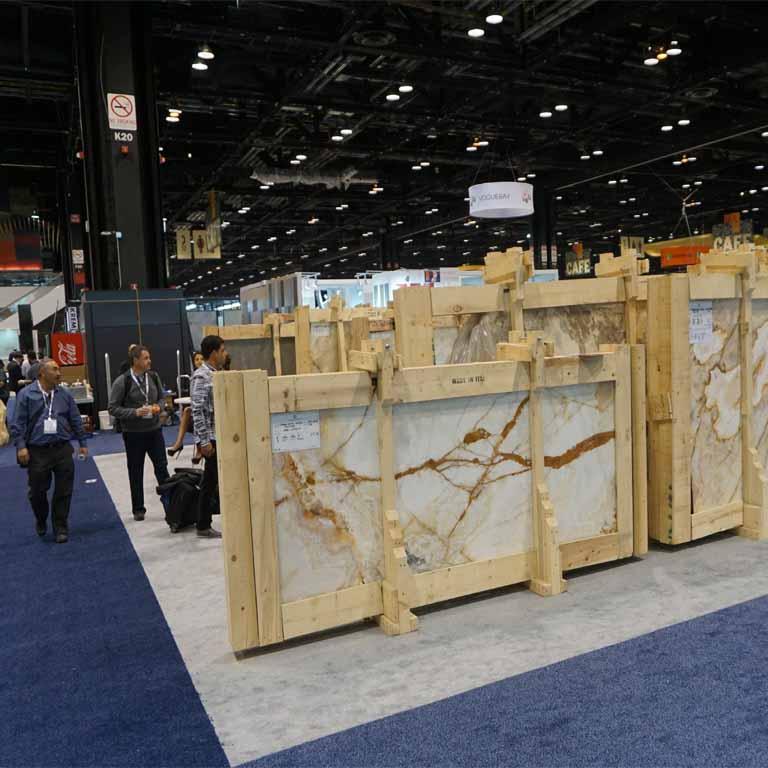 In den USA wird Marmor im Interior Design auch immer beliebter (Fliesenmesse COVERINGS in den USA)