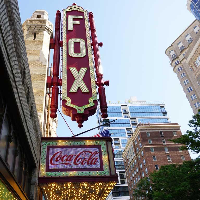 Das berühmte Fox Theater im maurischen Stil in Atlanta