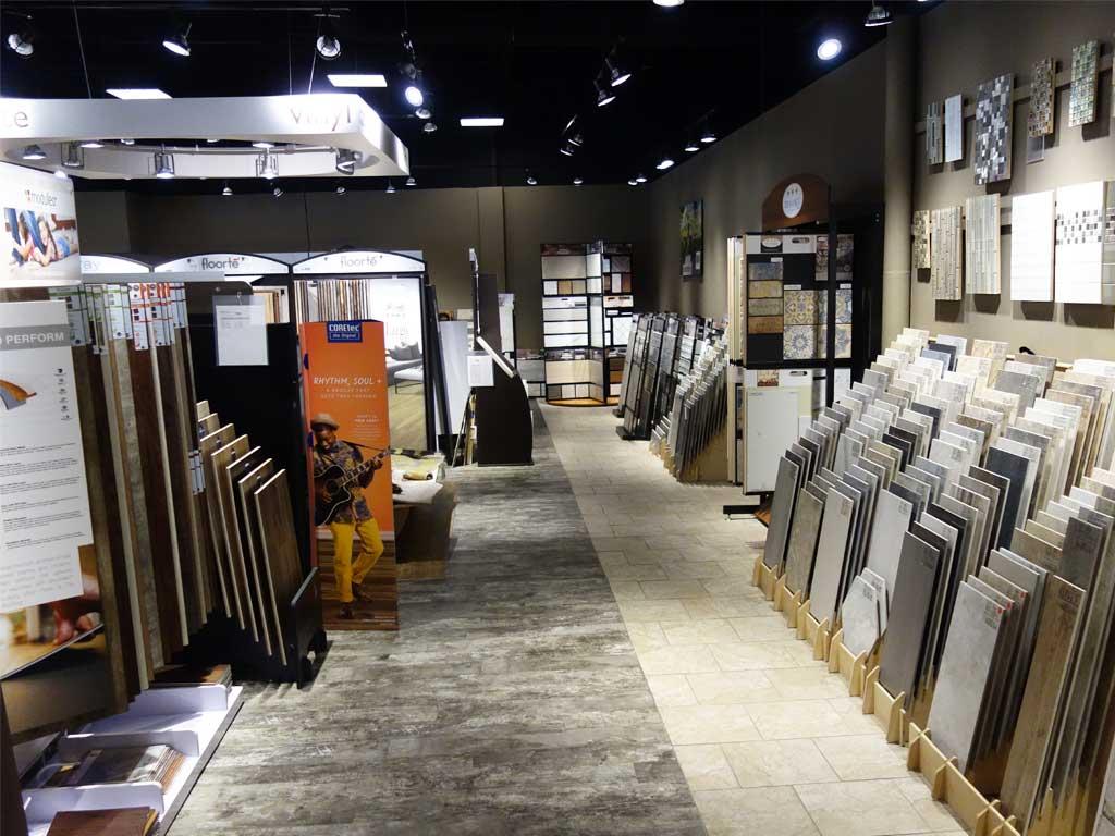 Häufig bieten die Fliesenhändler in Georgia noch weitere Bodenbeläge wie Teppichboden oder Laminat an