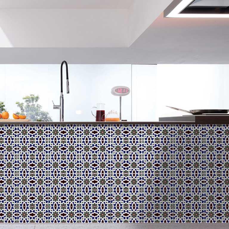 Das ist der Boho-Style : traditionelle maurische Wandfliesen treffen auf modernes Design