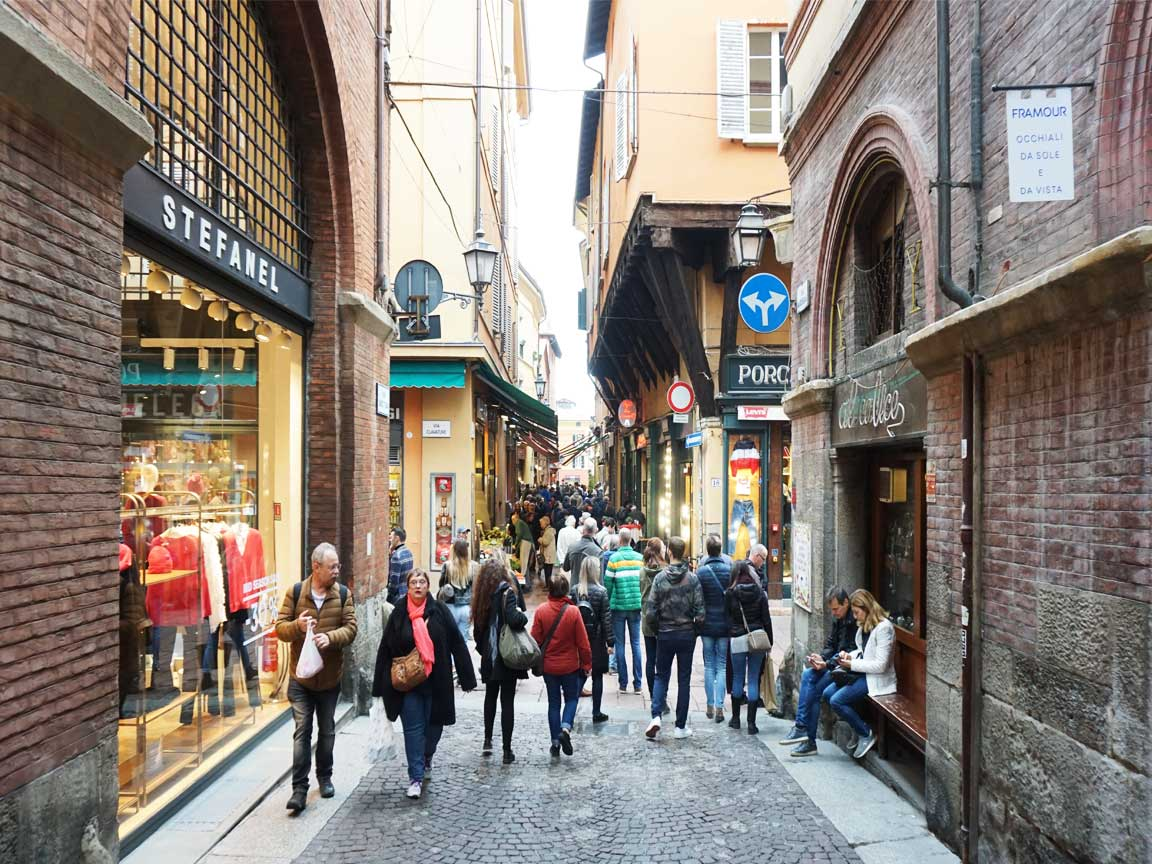 Unterwegs in der Altstadt von Bologna