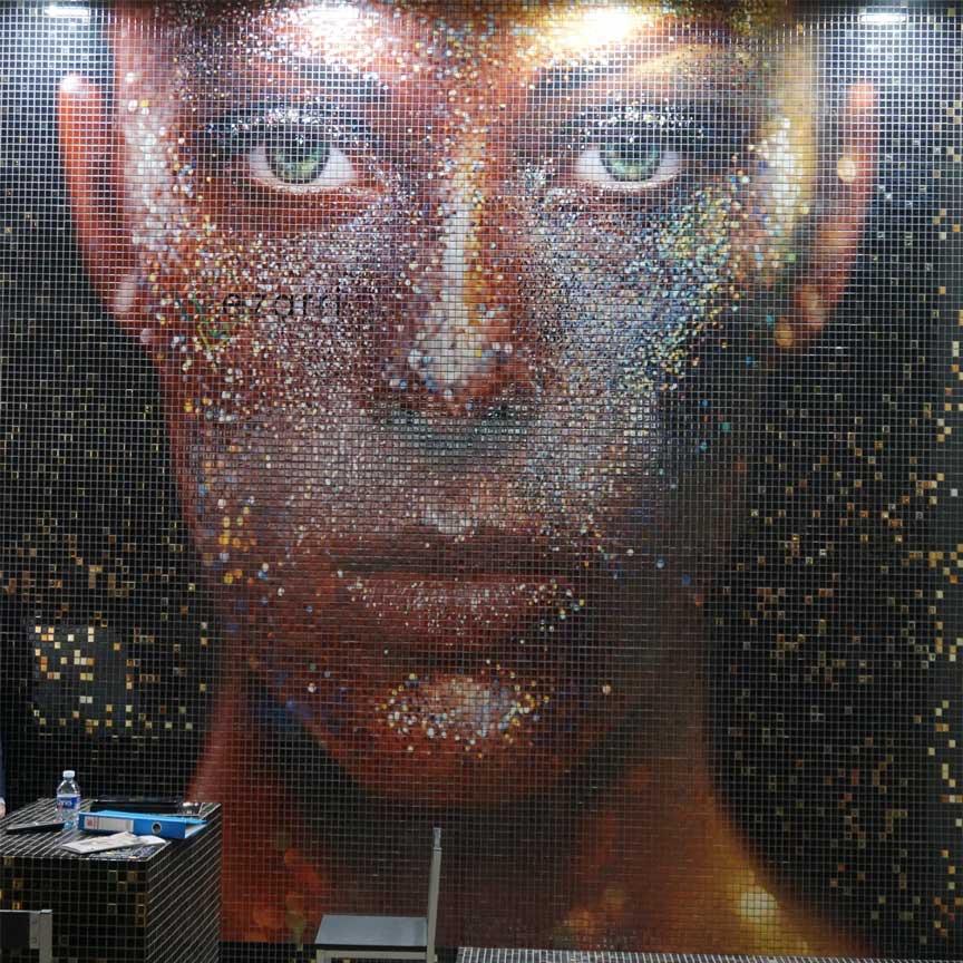Mosaikkunst auf der CEVISAMA 2019 in Valencia