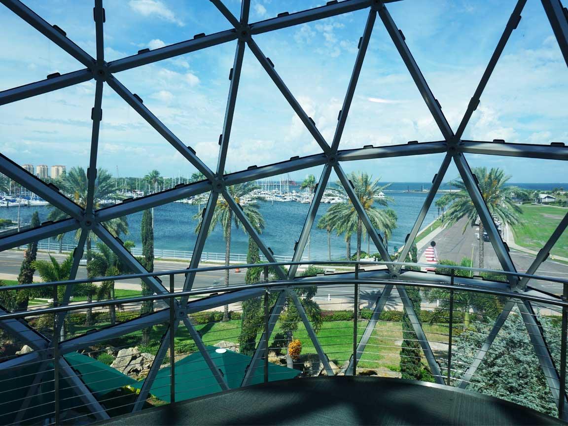 Wir haben in Saint Petersburg natürlich auch das Dali Museum besucht; hier ein Blick aus dem Museum