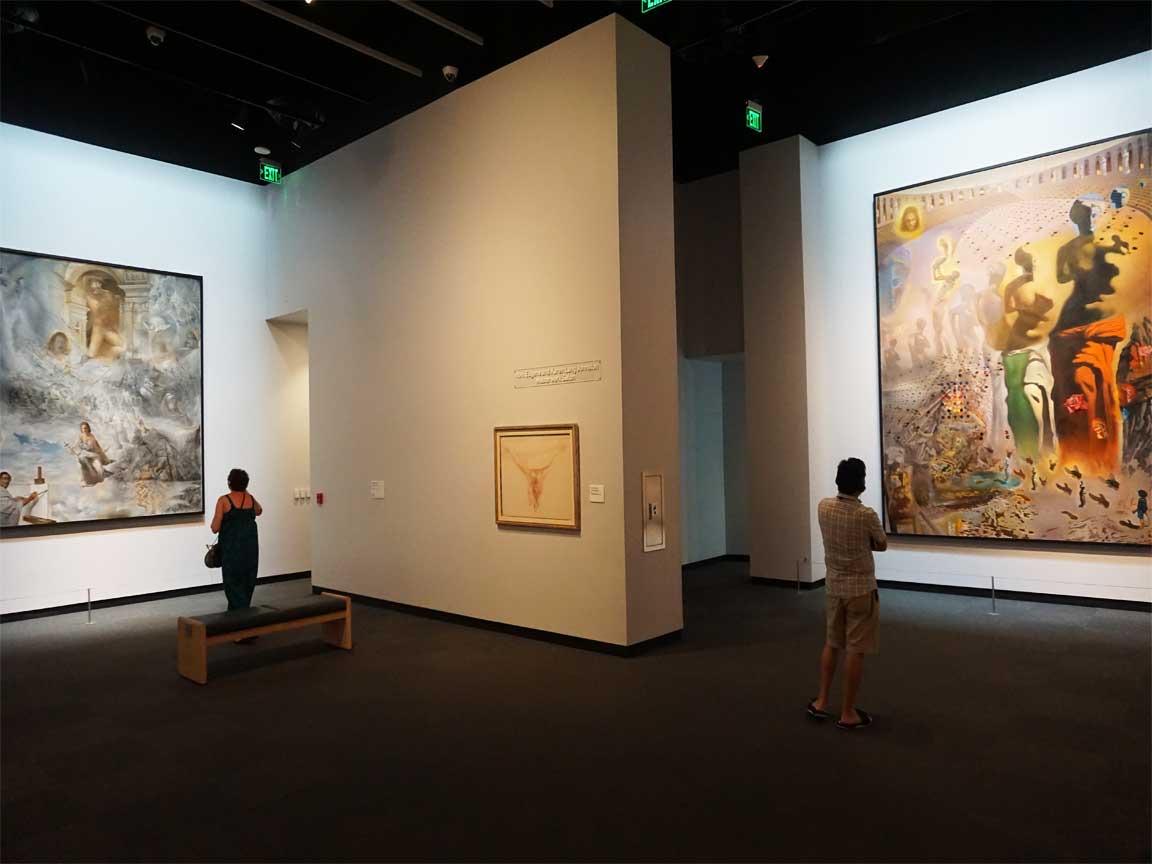 Wir haben in Saint Petersburg / Florida natürlich auch das Dali Museum besucht