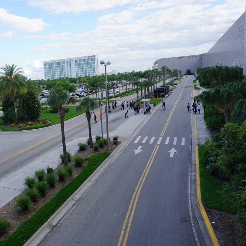 Die Fliesenmesse COVERINGS 2019 fand dieses Jahr im Orange County Convention Center in Orlando/Florida statt. Wir waren vor Ort, um die neusten Fliesentrends zu scouten !