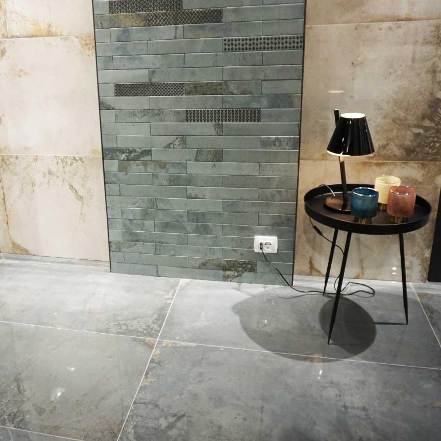 Neu von einem Hersteller aus Italien: Fliesen in Metalloptik mit passenden Bricks