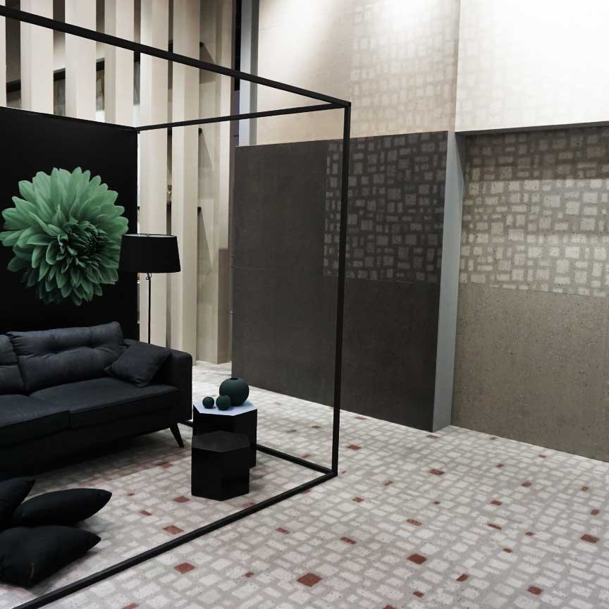 Terrazzo Imitationen sind immer aktuell! Hier eine extreme Terrazzo-Nachbildung aus Feinsteinzeug von einem italienischen Hersteller