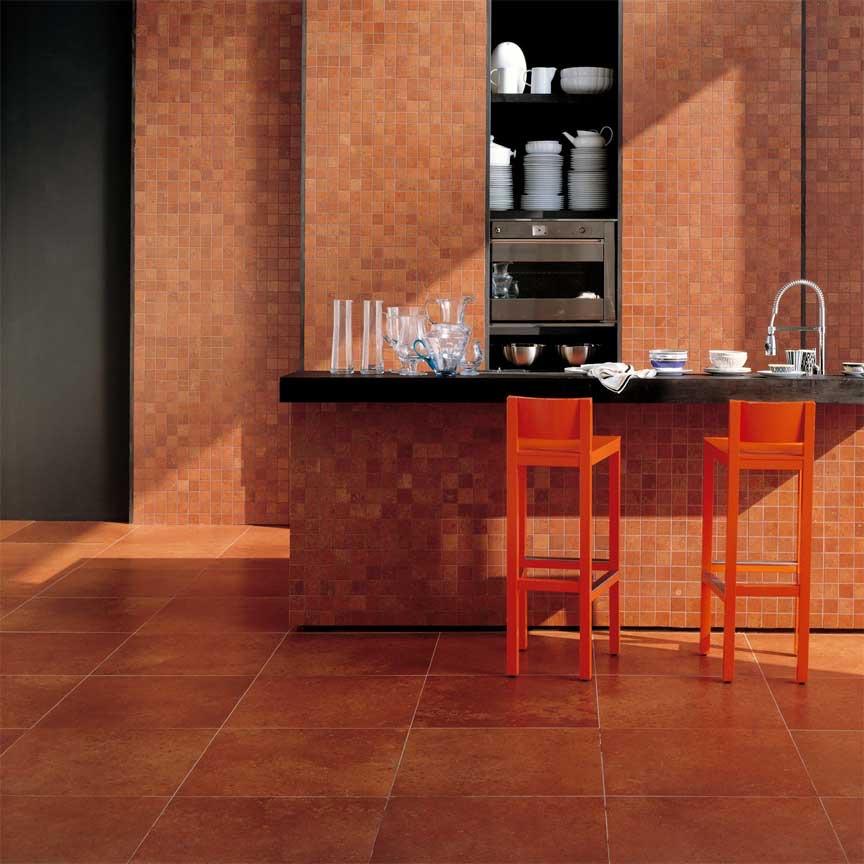 Terracottafliesen mit leichter Terrazzostruktur im Format 60x60cm passen auch zu einer modernen Einrichtung