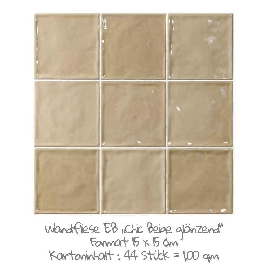 quadratische Wandfliesen im Nostalgielook in beige, im Format 15x15cm mit einer glänzenden Oberfläche