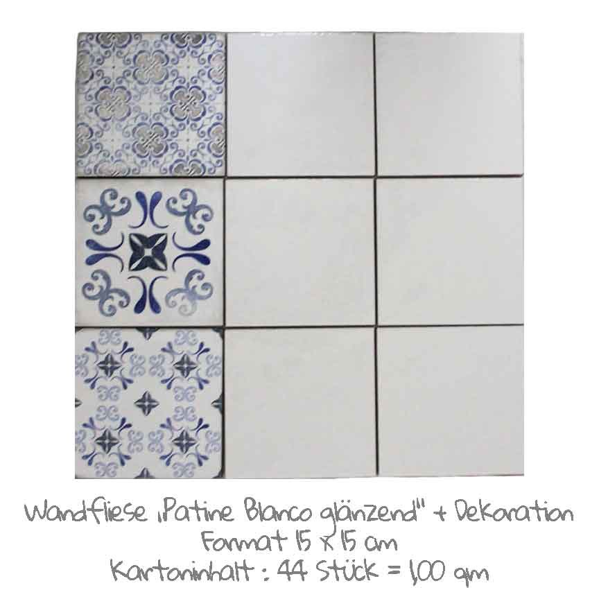 quadratische Wandfliesen im Vintage-look in weiß, im Format 15x15cm mit einer Patina Dekoration