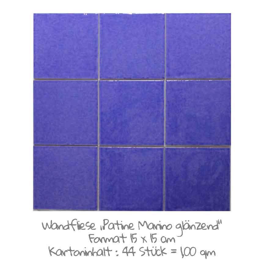 quadratische Wandfliesen im Vintage-look in dunkelblau, im Format 15x15cm