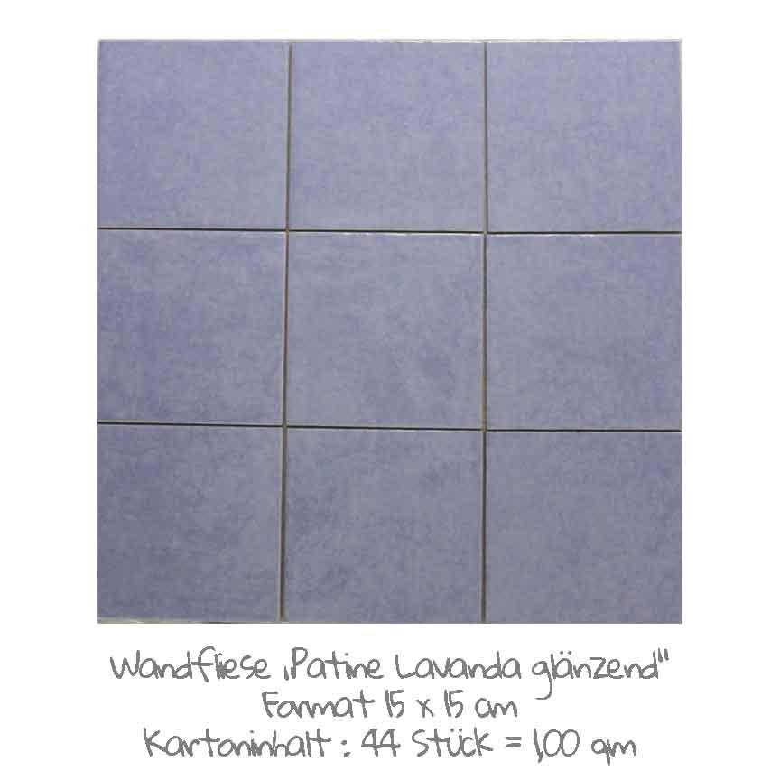 quadratische Wandfliesen im Vintage-look in hellblau, im Format 15x15cm