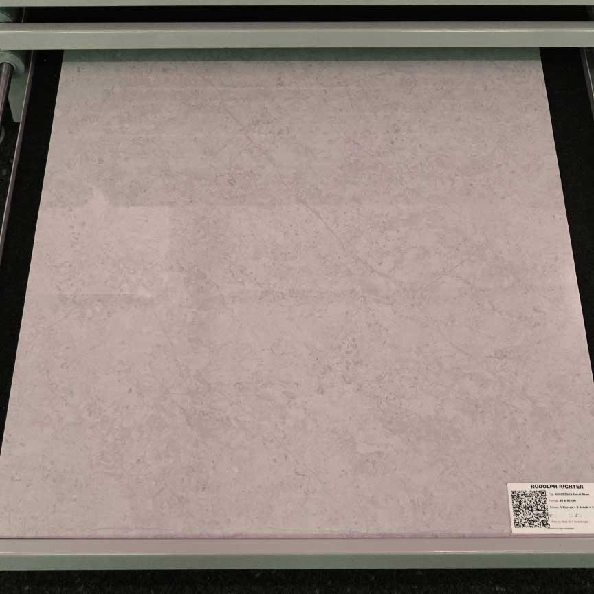 """Onyx-Optik Fliesen HEIDOS """"Coral Grau"""" im Format 80x80cm mit einer polierten Oberfläche (in unserer Fliesenausstellung in Essen im Ruhrgebiet)"""