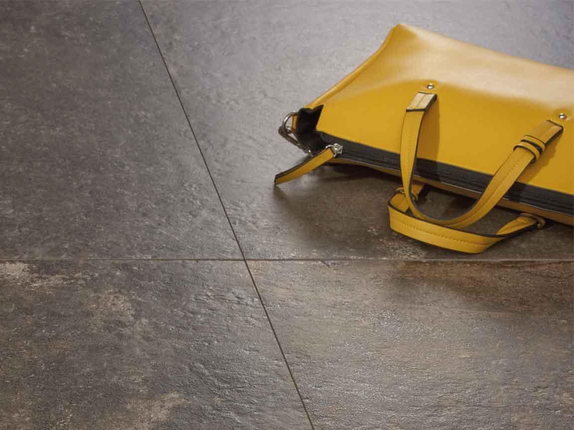"""Bodenfliese """"Provenza MC"""" im Format 60x60cm harmoniert auch optimal mit aktuellen gelben Farben"""